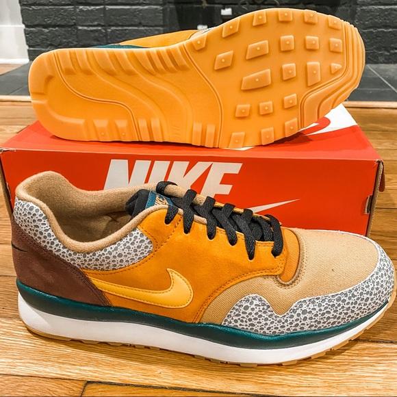 Nike Air Safari SE NWT